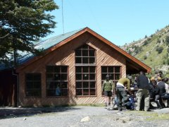 Refugio_Chileno_Torres_de_Paine_Patagonien.jpg