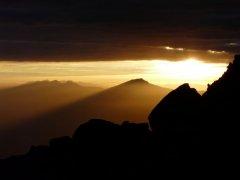 Cordillera_Volcanica_Chachani.jpg